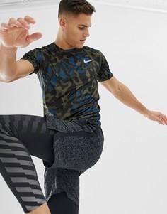 Черная футболка с камуфляжным принтом Nike Running AV4793-395 - Черный