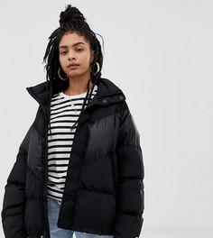 Черная пуховая куртка Nike - Черный