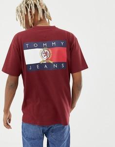 Бордовая футболка с круглым вырезом и принтом Tommy Jeans 6.0 Limited Capsule - Красный