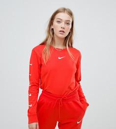 Красный лонгслив с логотипом-галочкой Nike эксклюзивно для ASOS - Красный