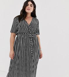 Плиссированное платье в монохромную полоску с поясом и запахом ASOS DESIGN Curve - Мульти