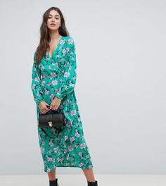 Платье миди с запахом и цветочным принтом Influence Tall - Зеленый