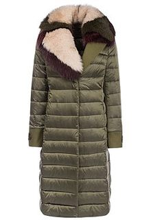 Пальто на натуральном пуху с отделкой мехом песца Violanti