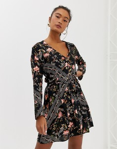 Платье мини на пуговицах с платочным принтом Miss Selfridge - Мульти