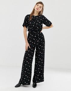 Комбинезон с винтажным цветочным принтом и поясом Glamorous - Черный