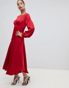 Красное атласное платье макси с разрезом Forever New - Красный