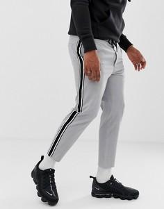 Серые брюки прямого кроя с полосами по бокам Bershka - Серый