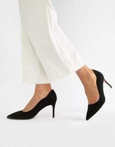 Туфли на каблуке с острым носом Miss KG - Черный