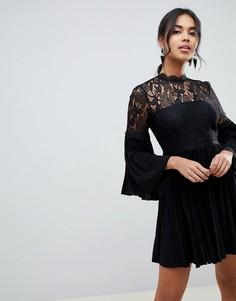 Короткое приталенное платье с кружевом и плиссировкой ASOS DESIGN - Черный