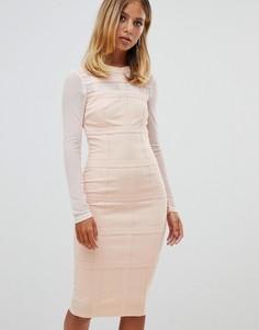 Облегающее платье в клетку с длинными рукавами Girl In Mind - Розовый