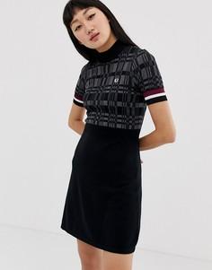 Трикотажное платье с высоким воротом Fred Perry - Черный