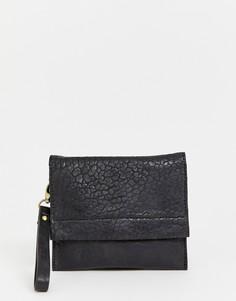 Небольшая кожаная сумка с клапаном Urbancode - Черный