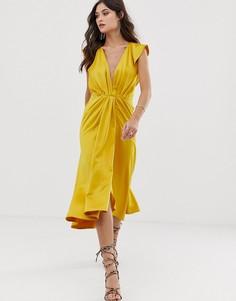 Платье миди с глубоким вырезом, узлом, оборками на рукавах и открытой спиной ASOS DESIGN - Золотой