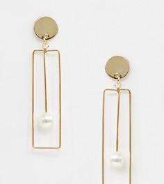 Золотистые серьги-подвески с искусственным жемчугом DesignB London - Золотой