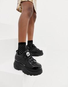 Черные классические лакированные кроссовки на платформе Buffalo - Черный