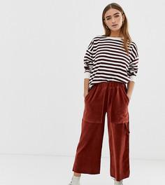 Вельветовые брюки в стиле милитари ASOS DESIGN Petite - Коричневый