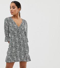 Чайное платье с принтом зебра цвета хаки Missguided Petite - Мульти