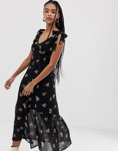 Платье миди с цветочным принтом и оборками Wild Honey - Черный