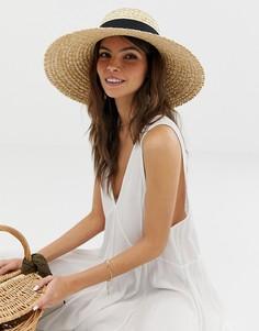 Соломенная шляпа с плоскими полями и изогнутым верхом ASOS DESIGN - Коричневый