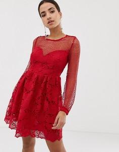 Кружевное платье с длинными рукавами и вставками Dolly & Delicious - Красный