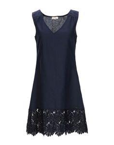 Короткое платье Vivis
