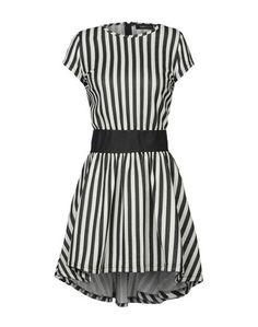 Короткое платье Madd
