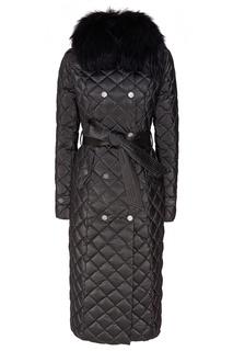 Черное стеганое пальто с мехом Naumi