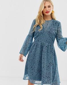 Ярусное платье мини с цветочным принтом Y.A.S - Мульти