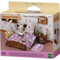 Игровой набор Sylvanian Families Большая кровать и тумбочка (5019)