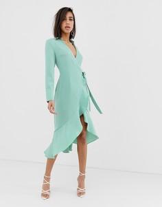 Платье миди шалфейного оттенка с запахом спереди и оборками Lavish Alice - Зеленый