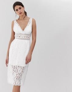 Белое кружевное платье миди с V-образным вырезом Y.A.S - Белый