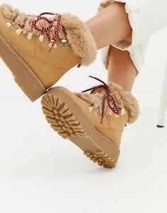 Походные ботинки с подкладкой из искусственного меха Stradivarius - Бежевый