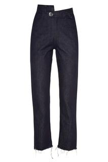 Синие джинсы с асимметричным поясом