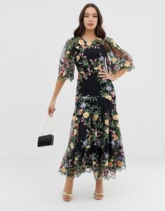 Платье макси с вышивкой и фигурными краями ASOS EDITION - Синий