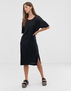 Черное платье-футболка в стиле oversize от Noisy May - Черный