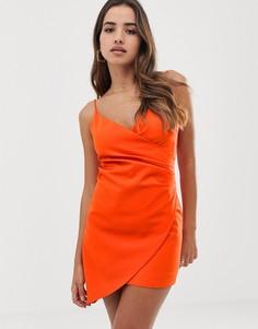 Оранжевое асимметричное платье мини на бретелях Club L - Оранжевый