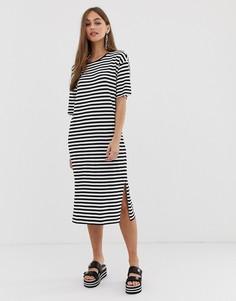 Свободное платье-футболка в полоску Noisy May - Черный