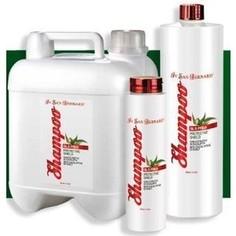 Шампунь Iv San Bernard Protective Shield Shampoo защитный-антипаразитарный для животных 300 мл