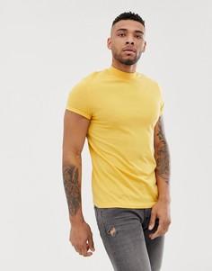 Желтая футболка с короткими рукавами и высоким воротом ASOS DESIGN - Желтый