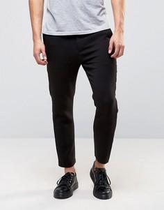 Черные узкие строгие брюки Weekday - Черный