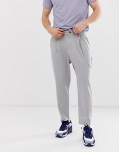 Серые брюки-морковки с цепочкой Bershka - Серый