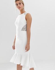 5781a731991 Белое платье миди с кружевными вставками Chi Chi London - Белый