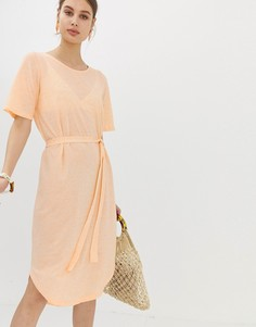 Платье миди с поясом на талии Selected - Розовый