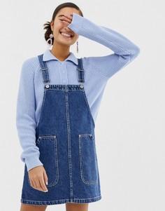 Синее джинсовое платье-комбинезон из органического хлопка Monki - Синий