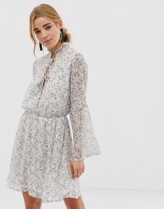 Летнее платье с цветочным принтом New Look - Мульти