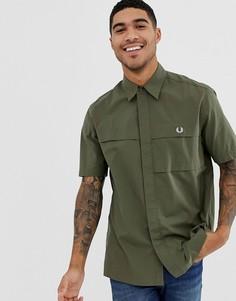 Зеленая рубашка с короткими рукавами в стиле милитари Fred Perry - Зеленый
