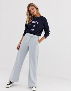 Голубые приталенные брюки с широкими штанинами JDY - Синий