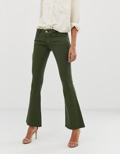 Расклешенные джинсы хаки с заниженной талией ASOS DESIGN - Белый