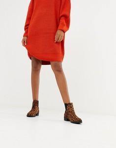 Ботинки на плоской подошве с леопардовым принтом и заклепками New Look - Светло-бежевый