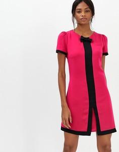 Платье с короткими рукавами и контрастной отделкой Paper Dolls - Розовый